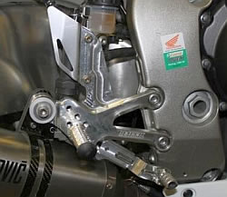 Honda CBR1000RR 08-13 adjustable footrest kit