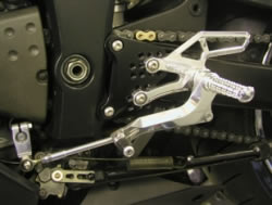 Kawasaki ZX6R 05-06 adjustable footrest kit