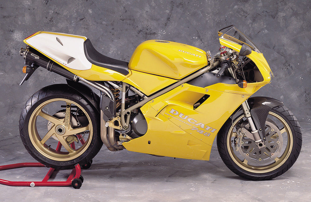 Ducati 916 Harris Performance