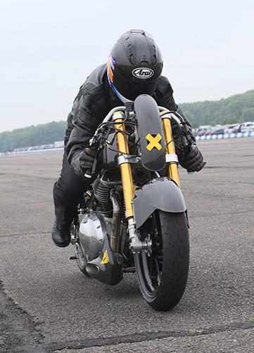European drag race bike